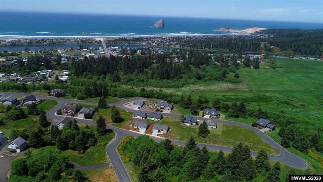 52 Lahaina, Pacific City, OR 97135 (MLS #766806) :: Premiere Property Group LLC