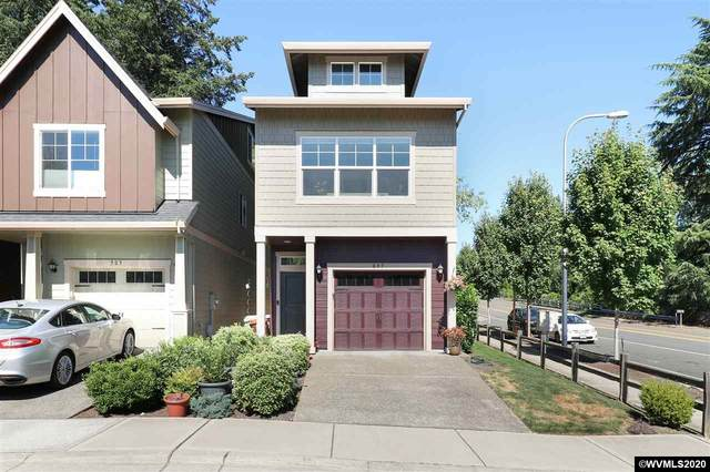 897 SW 136th Pl, Beaverton, OR 97005 (MLS #766883) :: Gregory Home Team