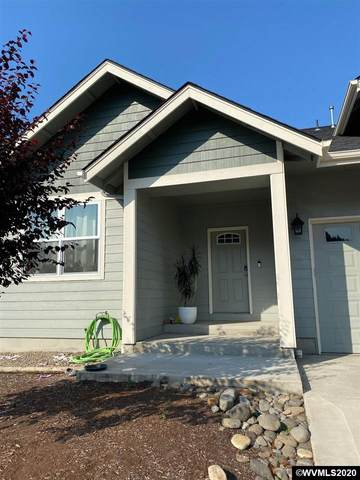 1018 Robbins Ct, Lebanon, OR 97355 (MLS #766891) :: Sue Long Realty Group