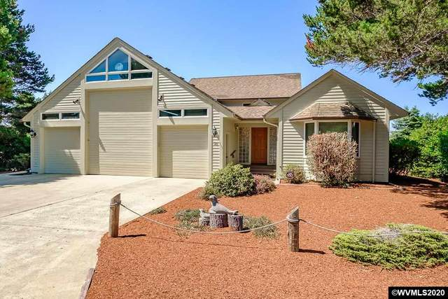 30 Ocean Dunes Dr, Florence, OR 97439 (MLS #767636) :: Sue Long Realty Group