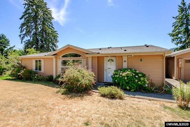 928 Pioneer St, Philomath, OR 97370 (MLS #767845) :: Song Real Estate
