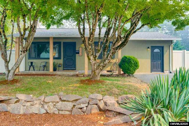 2736 S 7th St, Lebanon, OR 97355 (MLS #768333) :: Change Realty