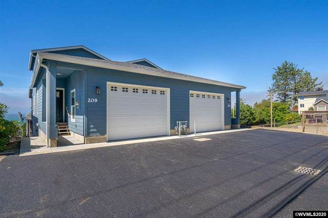 209 NE Williams Av, Depoe Bay, OR 97341 (MLS #768652) :: Sue Long Realty Group