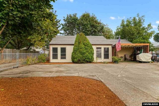 240 N Grand St, Independence, OR 97351 (MLS #768975) :: Coho Realty