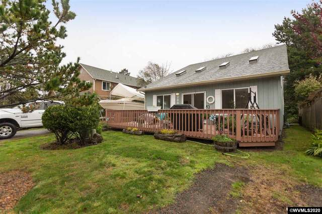 2840 NW Lee Av, Lincoln City, OR 97367 (MLS #769181) :: Sue Long Realty Group