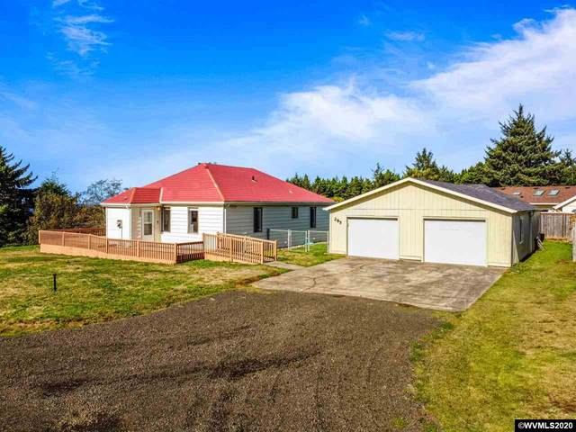 285 NE Dorning St, Yachats, OR 97498 (MLS #770285) :: Song Real Estate