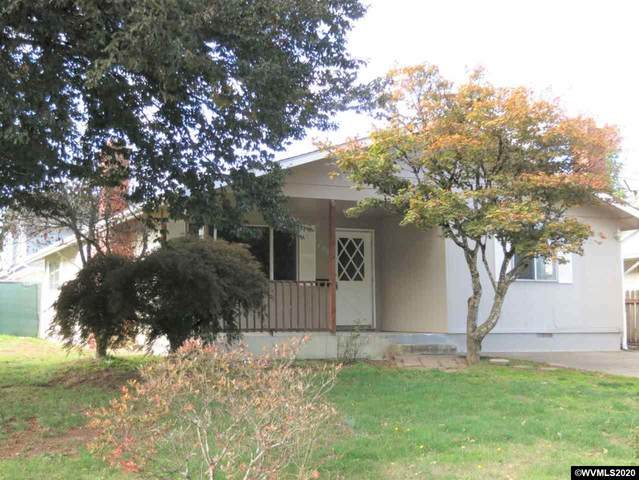 1390 SW Tenth St, Dallas, OR 97338 (MLS #770533) :: Sue Long Realty Group