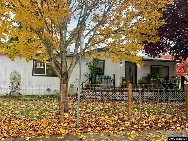 215 N Ash St, Independence, OR 97351 (MLS #770929) :: Song Real Estate
