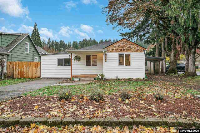 941 Madison St, Silverton, OR 97381 (MLS #771003) :: Song Real Estate