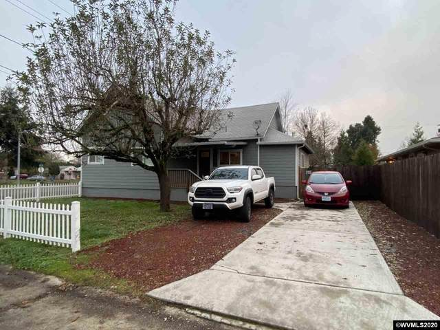 620 25th St SE, Salem, OR 97301 (MLS #771298) :: Sue Long Realty Group