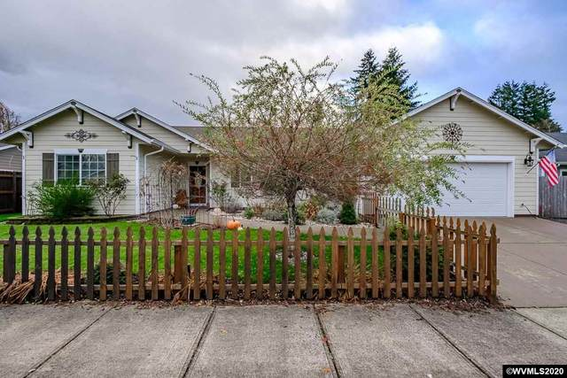 1138 SE 2nd, Mill City, OR 97360 (MLS #771330) :: Sue Long Realty Group