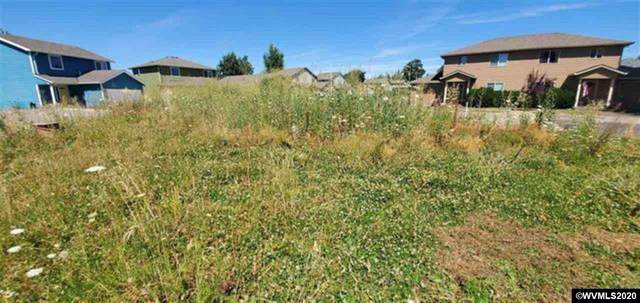 2002 Lyon NW, Albany, OR 97322 (MLS #771361) :: RE/MAX Integrity