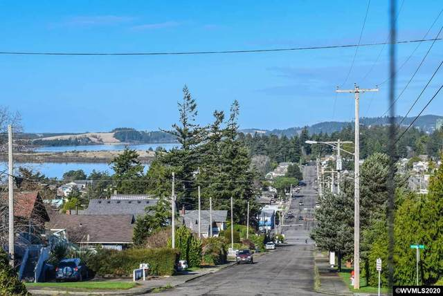 2172 Mcpherson, North Bend, OR 97459 (MLS #771371) :: Change Realty