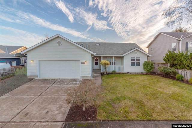 1229 Lori Ln E, Monmouth, OR 97361 (MLS #771574) :: The Beem Team LLC