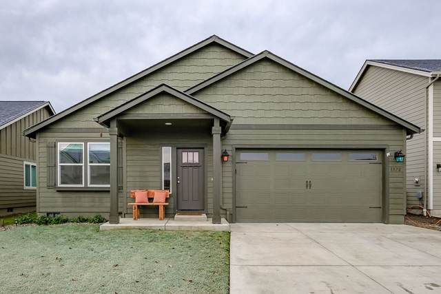 1570 SE Barberry Av, Dallas, OR 97338 (MLS #772274) :: Kish Realty Group