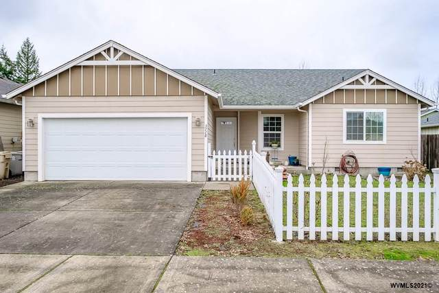 3118 S 12th St, Lebanon, OR 97355 (MLS #772320) :: Premiere Property Group LLC