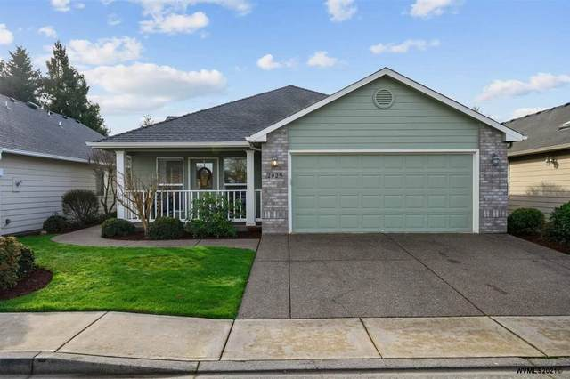 2029 SE Magnolia Av, Dallas, OR 97338 (MLS #772530) :: Sue Long Realty Group