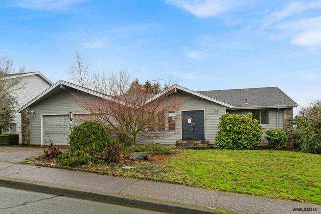 1204 35th Av NW, Salem, OR 97304 (MLS #772561) :: Song Real Estate