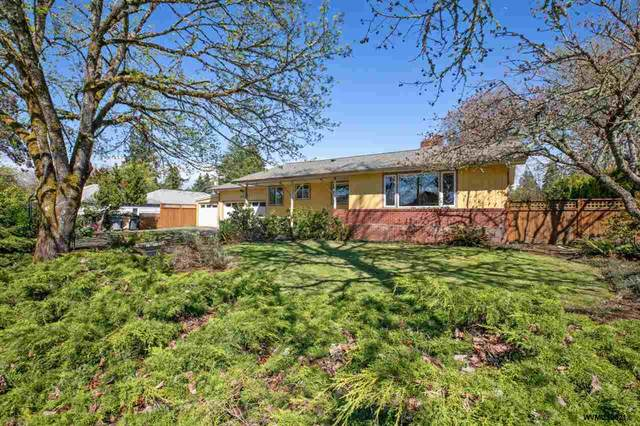 2025 SW 45th St, Corvallis, OR 97333 (MLS #772897) :: Change Realty