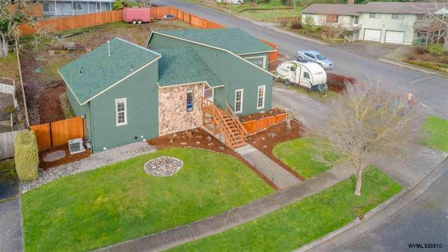 575 E Fir St, Stayton, OR 97383 (MLS #773106) :: Sue Long Realty Group
