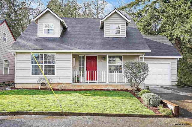 2957 Summer St SE, Salem, OR 97306 (MLS #773278) :: Premiere Property Group LLC