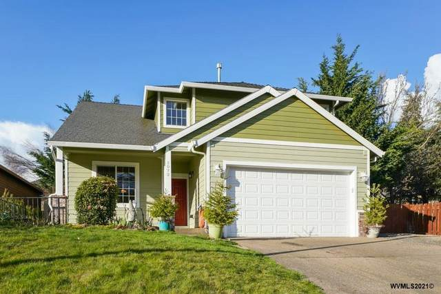 2072 Woodhill St NW, Salem, OR 97304 (MLS #774058) :: Sue Long Realty Group
