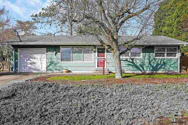 156 NW Reed Ln, Dallas, OR 97338 (MLS #774083) :: Coho Realty