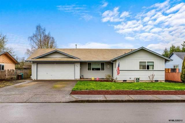 424 NE Elm St, Sheridan, OR 97378 (MLS #774162) :: Sue Long Realty Group