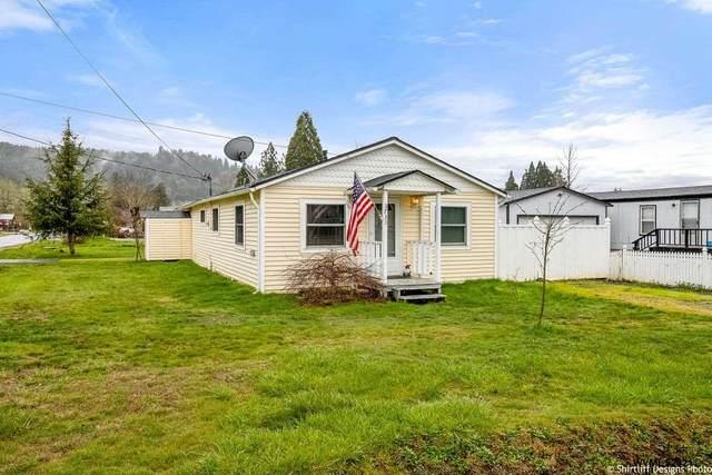 3733 Long St, Sweet Home, OR 97386 (MLS #775132) :: The Beem Team LLC