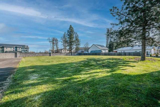56 Oak Terrace (Lot B), Lebanon, OR 97355 (MLS #775413) :: Sue Long Realty Group