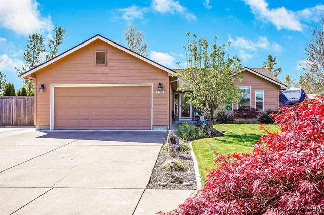 2614 19th St NW, Albany, OR 97321 (MLS #775417) :: Song Real Estate