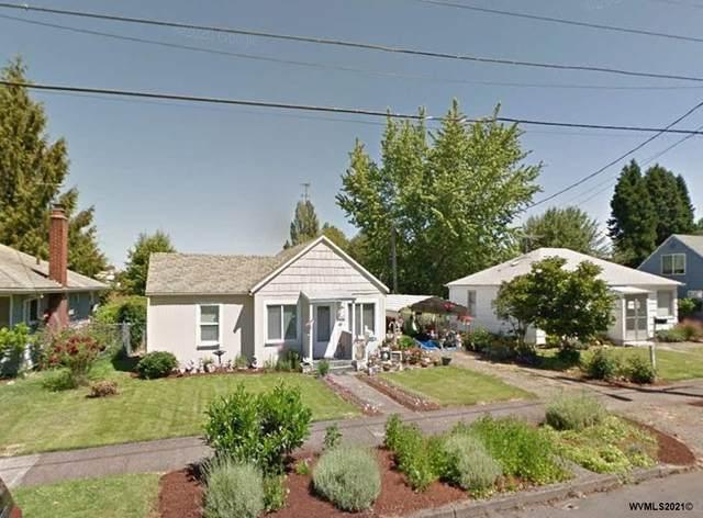 2425 21st Av, Forest Grove, OR 97116 (MLS #775686) :: The Beem Team LLC