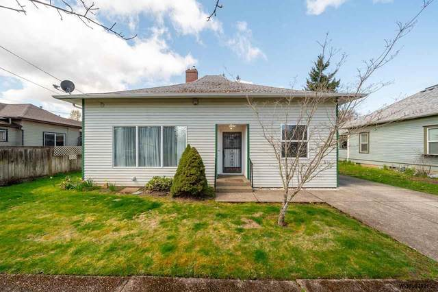 1031 SW Ellis St, Dallas, OR 97338 (MLS #775984) :: Song Real Estate