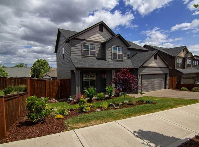 454 SW Mt Adams St, Mcminnville, OR 97128 (MLS #776269) :: Kish Realty Group