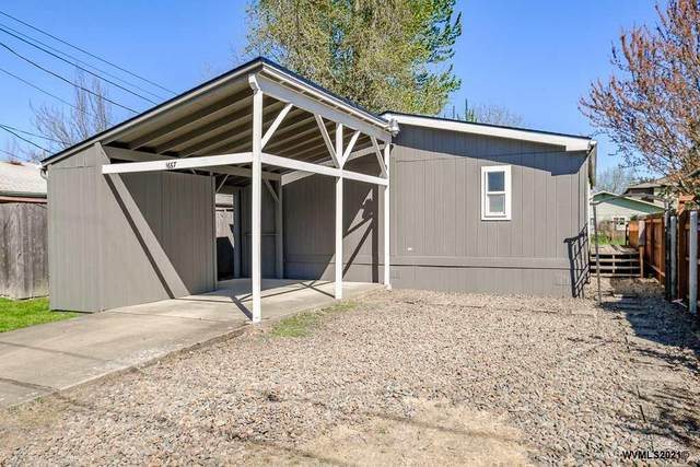 1667 NW Highland Dr, Corvallis, OR 97330 (MLS #776380) :: The Beem Team LLC