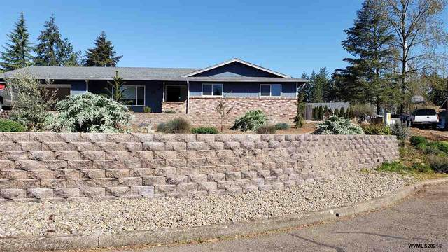 2301 SW Crestwood Ct, Dallas, OR 97338 (MLS #776655) :: Kish Realty Group