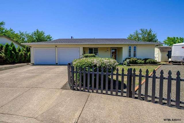 2004 Lafayette St SE, Albany, OR 97322 (MLS #777070) :: Song Real Estate
