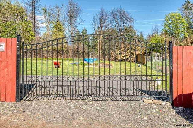 640 Santiam Hwy N, Gates, OR 97346 (MLS #777223) :: Premiere Property Group LLC