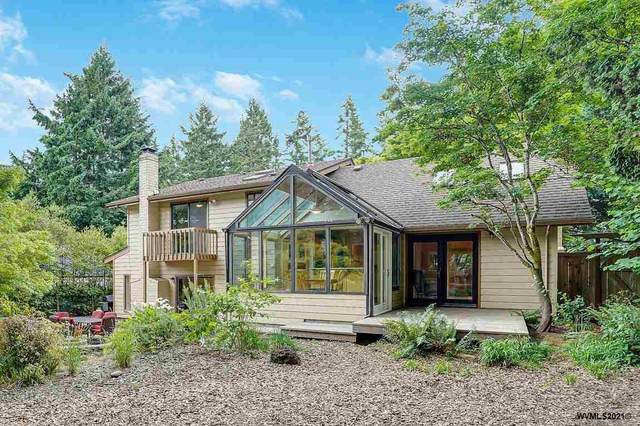 2160 NW Myrtlewood Wy, Corvallis, OR 97330 (MLS #777901) :: Song Real Estate
