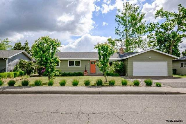 4304 5th St, Hubbard, OR 97032 (MLS #777903) :: Sue Long Realty Group