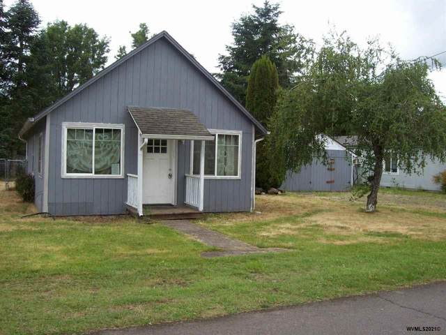 1041 SE 3rd Av, Mill City, OR 97360 (MLS #778800) :: Song Real Estate
