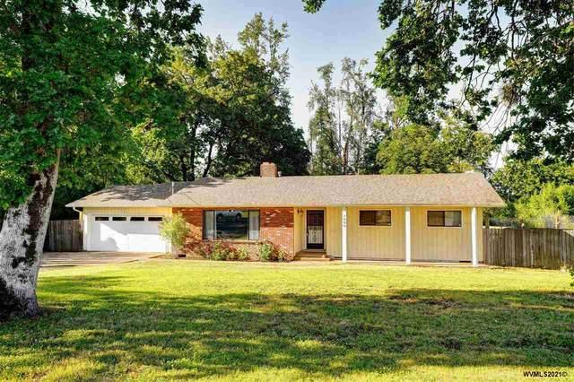 1090 SE Fir Villa Rd, Dallas, OR 97338 (MLS #779356) :: Premiere Property Group LLC