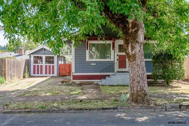 343 SW Clay St, Dallas, OR 97338 (MLS #780945) :: Premiere Property Group LLC