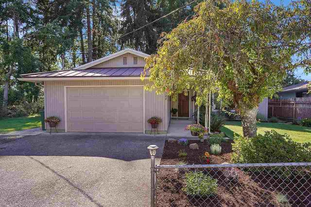704 W Maple St, Stayton, OR 97383 (MLS #781115) :: Sue Long Realty Group