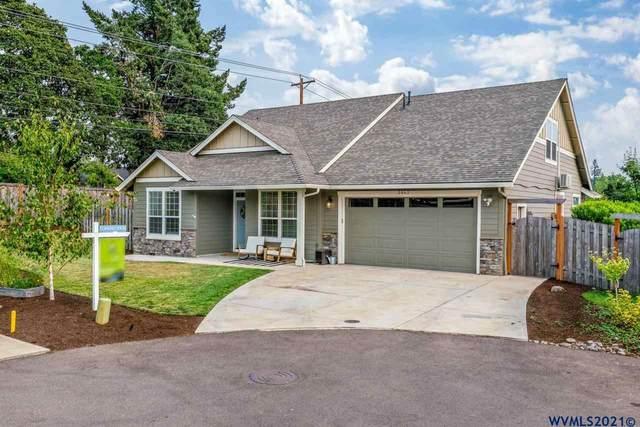 5462 Terra Cotta Dr SE, Salem, OR 97306 (MLS #781920) :: Oregon Farm & Home Brokers