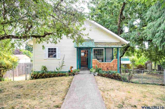 329 N 10th St, Philomath, OR 97370 (MLS #782069) :: Change Realty