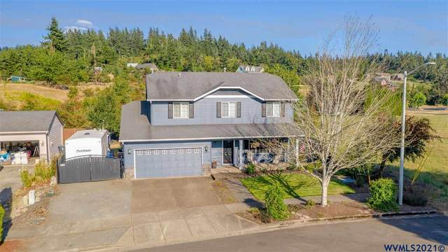 302 Division St, Silverton, OR 97381 (MLS #782913) :: Change Realty