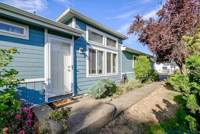 320 Fairfield Ct, Jefferson, OR 97352 (MLS #782919) :: Sue Long Realty Group
