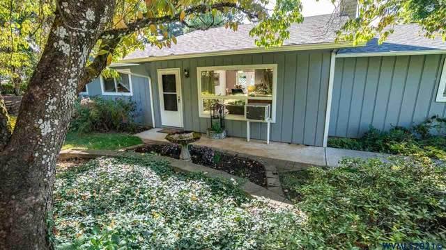 182 Vine St SE, Salem, OR 97302 (MLS #783013) :: Oregon Farm & Home Brokers