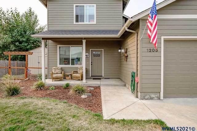 1205 Albatross Ct, Sweet Home, OR 97386 (MLS #783287) :: Song Real Estate